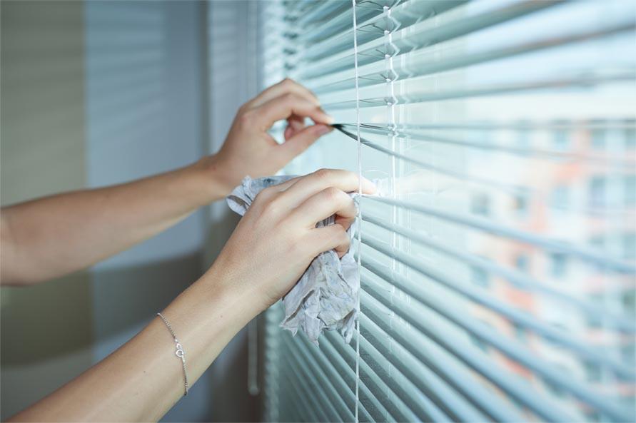 Como limpar persianas corretamente?