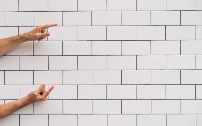 Cansou de algum cantinho durante o isolamento social e quer renová-lo Invista no papel de parede! - Bellage Decorações