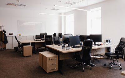 Está abrindo o escritório e deseja organizar os espaços? Conte com divisórias!